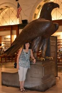 """Spanish Teacher Marina Andueza """"meets the eagle"""" at a Macy's in Philadelphia."""