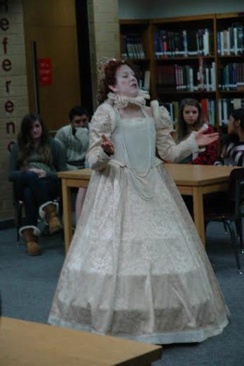 Queen Elizabeth I visits Godwin
